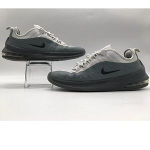 Nike Air Max Axis Men's Running Shoe Size 7